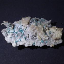 Rosasite, calcite, quartz