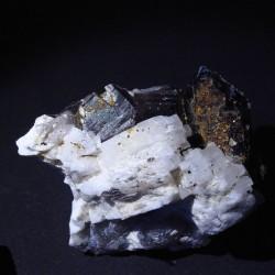 Quartz, albite, muscovite, torbernite