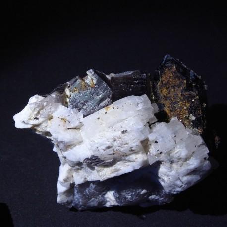 Quartz, albite, moscovite, torbernite